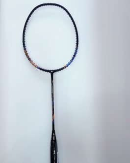 Yonex nanoray light 18i